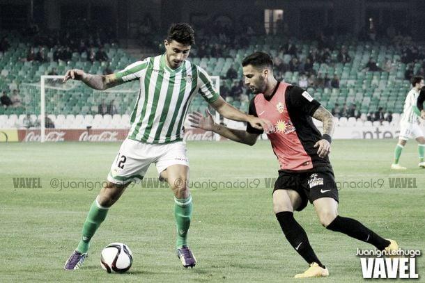 Almería - Real Betis: nadie quiere irse