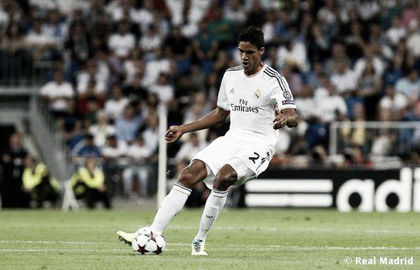 Varane planea una posible salida del club blanco este verano