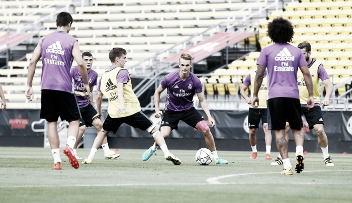 Desfalcados, Real Madrid e PSG disputam amistoso pela Champions Cup