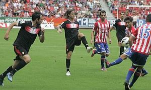 El Real Murcia se encuentra con el buen juego y vence al Sporting de Gijón
