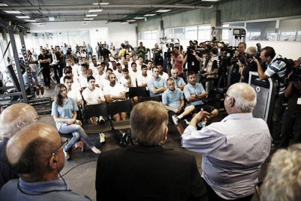 Elenco do Grêmio se reapresenta para a temporada de 2015