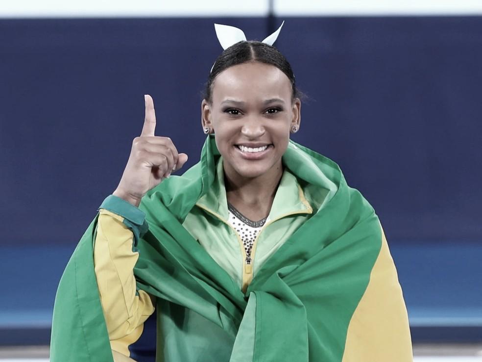 É ouro! Rebeca Andrade faz história em Tóquio e vence final de salto da ginástica artística