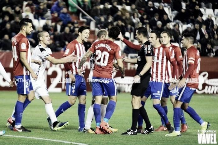 El Sporting se aleja de los puestos de ascenso