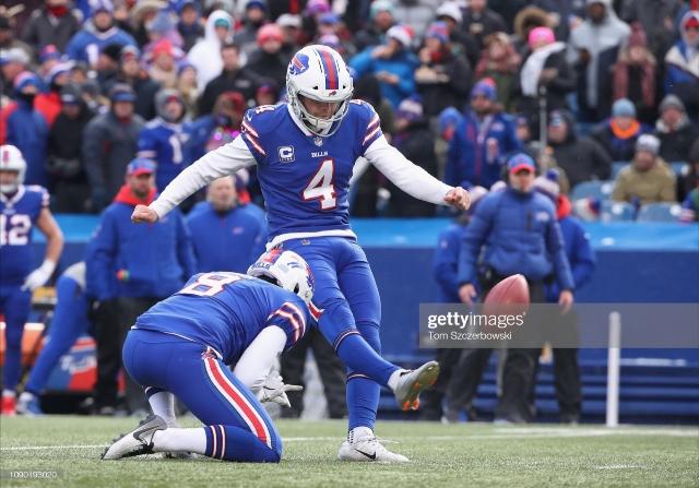 Buffalo Bills sign kicker Stephen Hauschka on two-year extension
