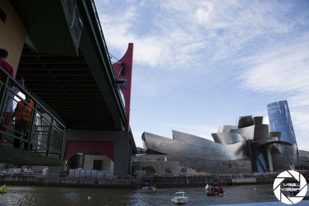 Fotos e imágenes de los entrenamientos del Red Bull Cliff Diving en Bilbao