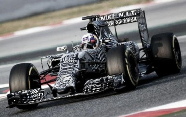 F1: Test Barcellona 1, Day 2. Red Bull davanti ma è il giorno della Mercedes. Ferrari ok