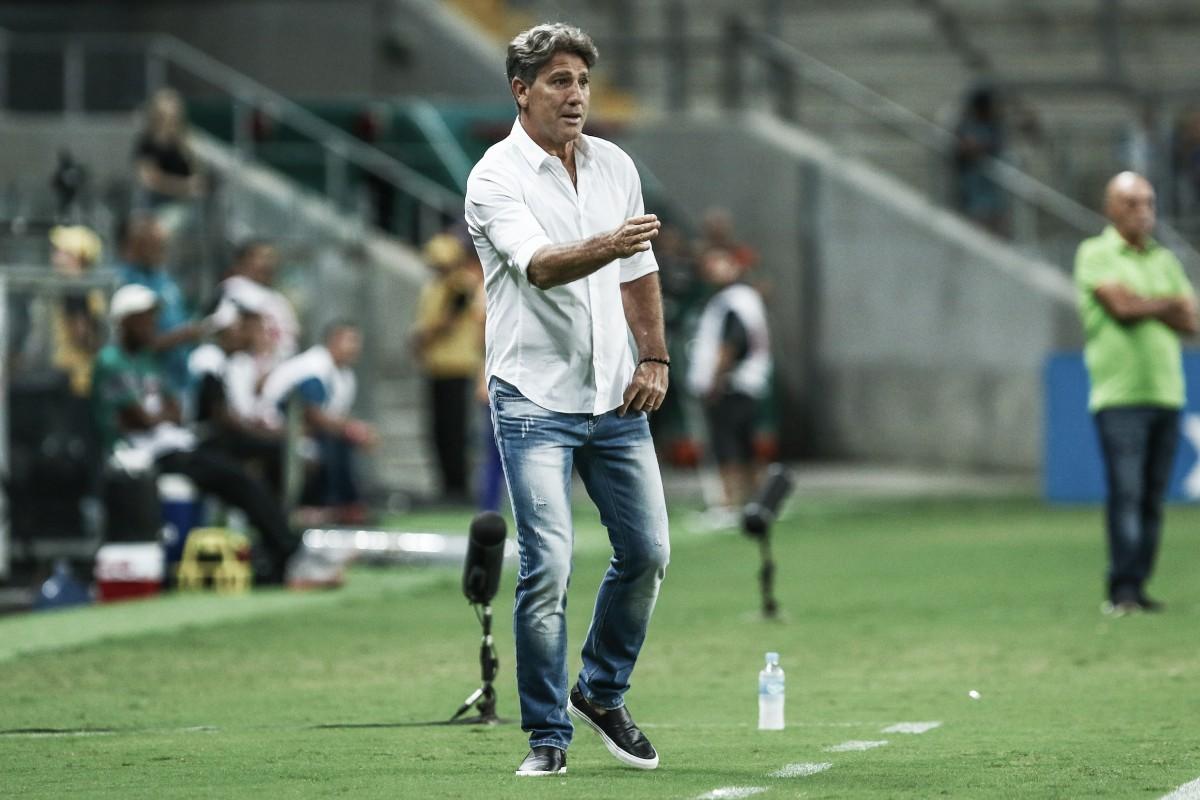 """Apesar da vitória sobre São Paulo Renato admite: """"A equipe não esteve tão bem"""""""