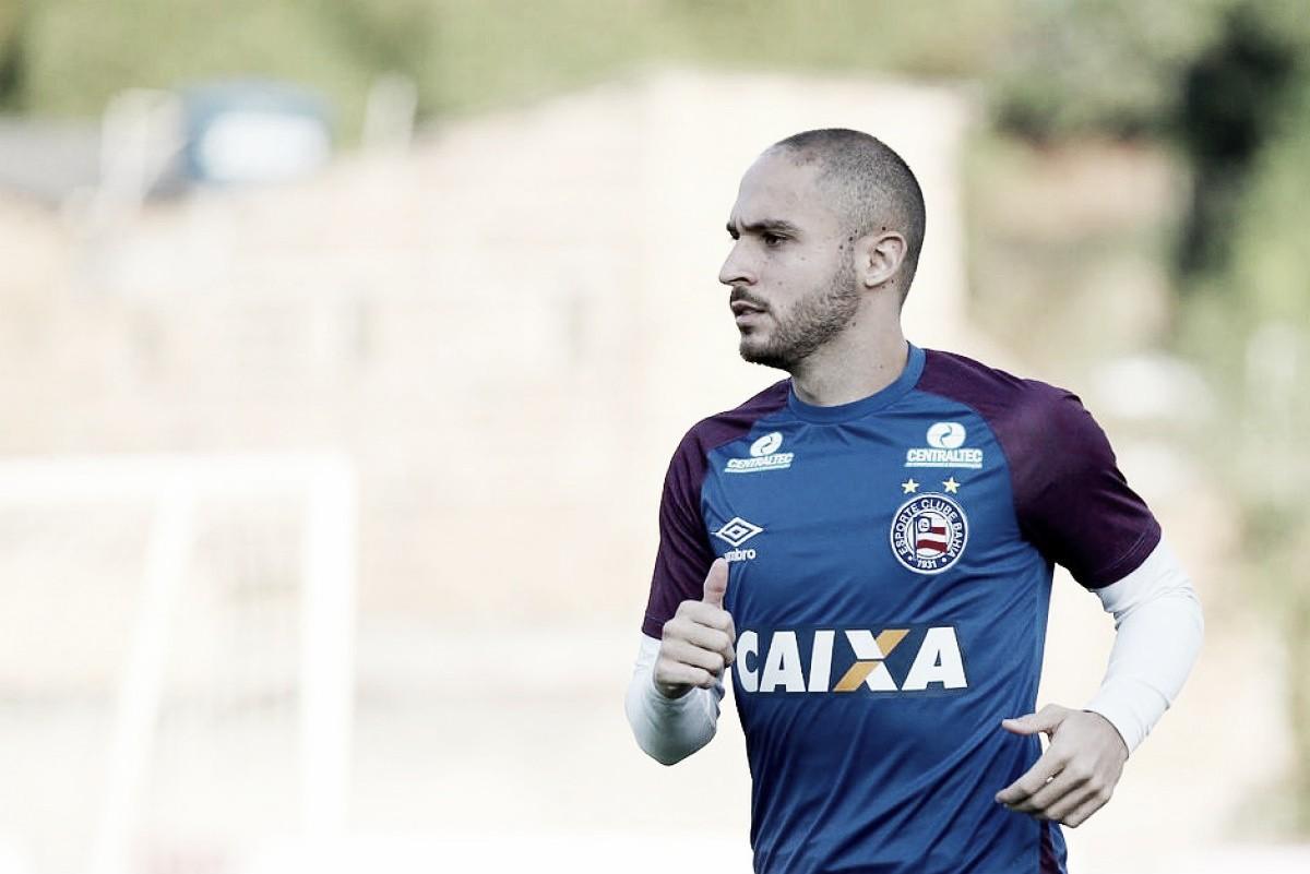 Régis viaja para acertar com Al Wehda, clube do técnico Fábio Carille