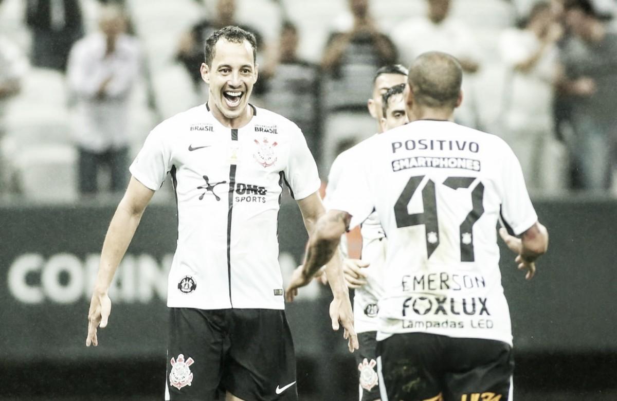 """Responsável pela vitória do Corinthians, Rodriguinho exalta coletivo: """"Sou mais um atleta"""""""
