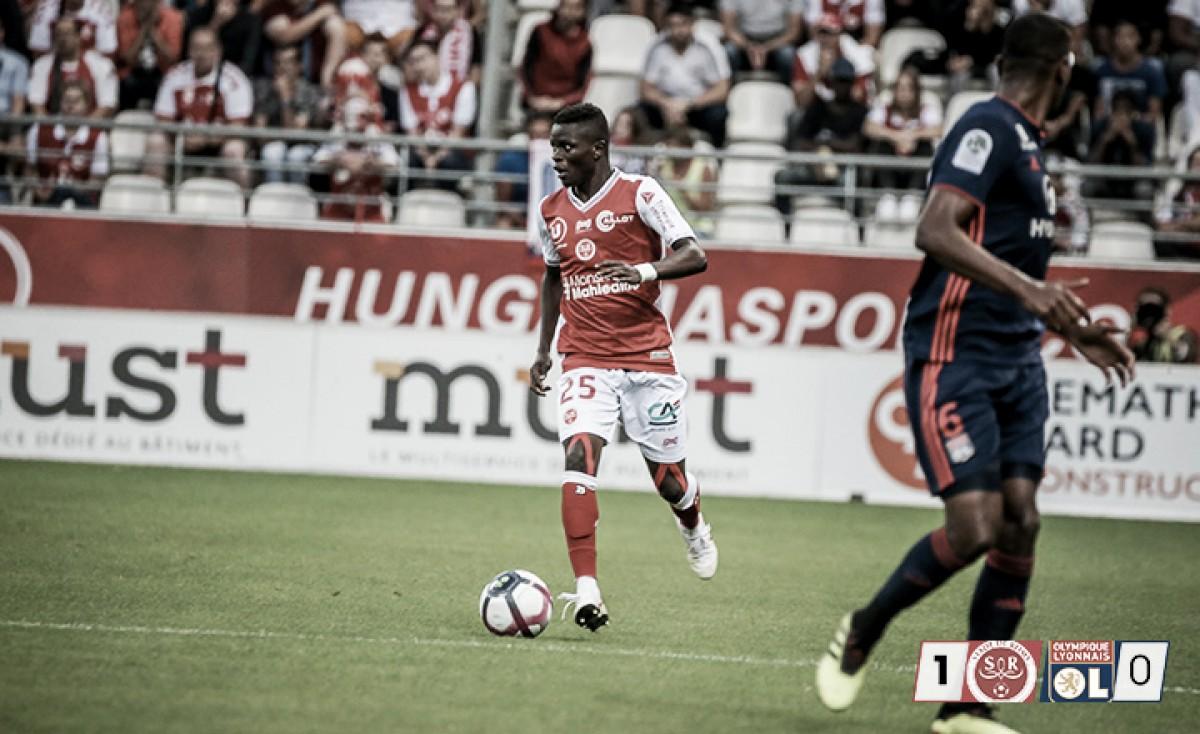 Reims vence Lyon em casa e mantém 100% de aproveitamento na Ligue 1