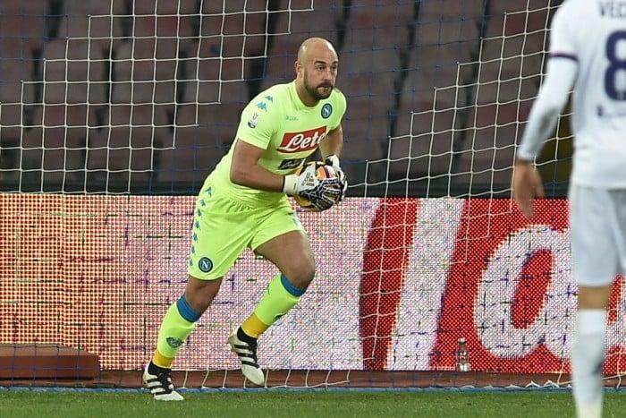 Calciomercato Napoli, De Laurentiis si sbilancia sul futuro di Reina