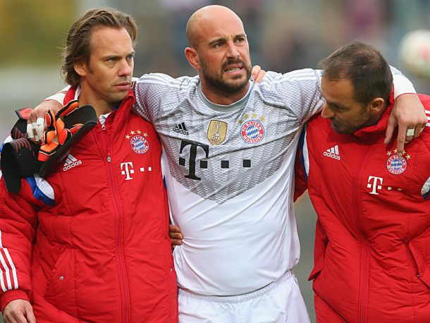 Reina injured in Bayern's Paulner Cup win