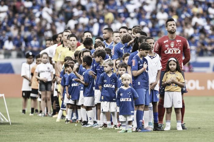 Cruzeiro divulga relacionados para duelo contra Coritiba fora de casa, e Galhardo aparece na lista
