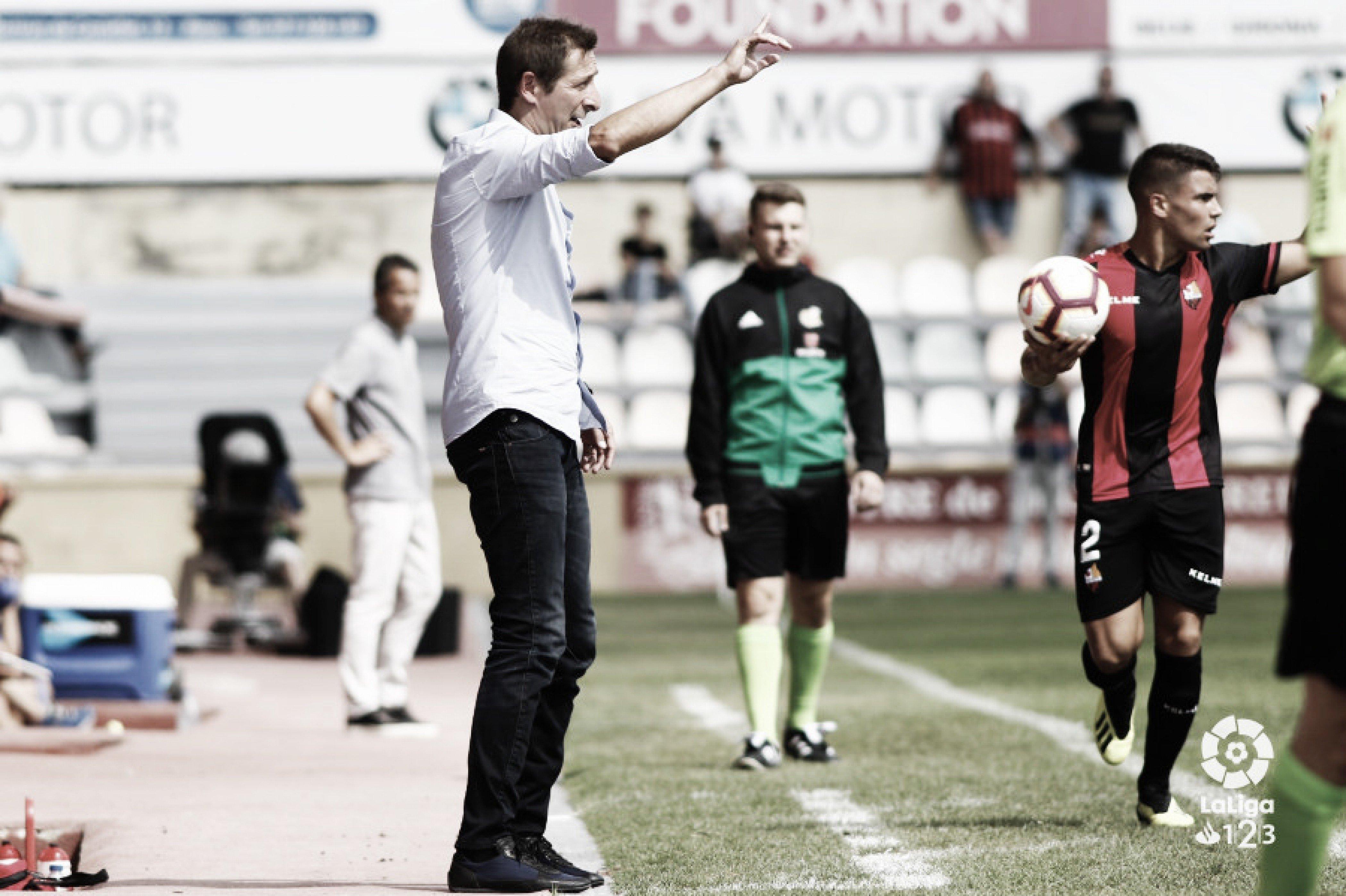 El entrenador del Albacete Balompié: Luis Miguel Ramis
