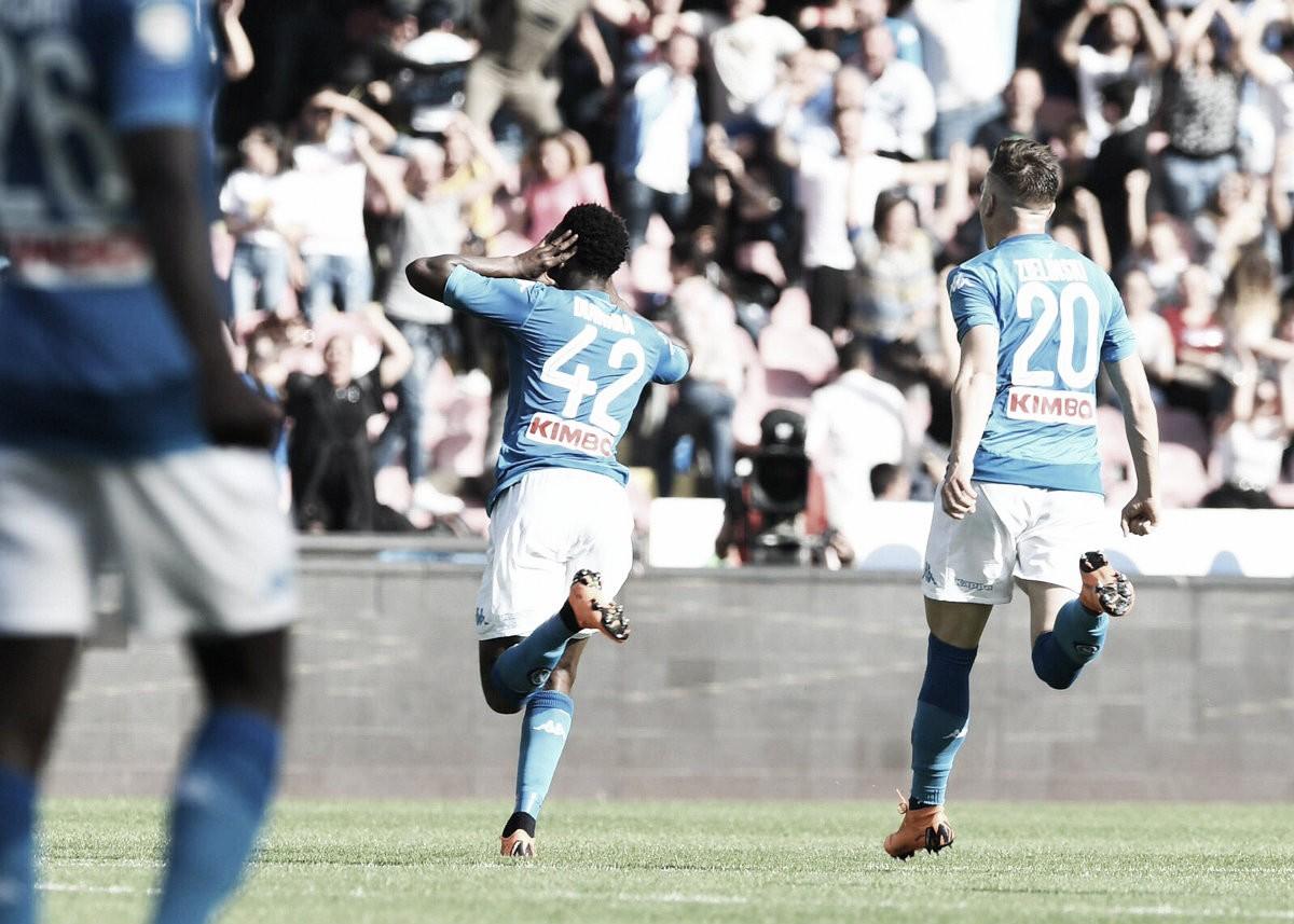 Remontada del Napoli ante Chievo en cuatro minutos