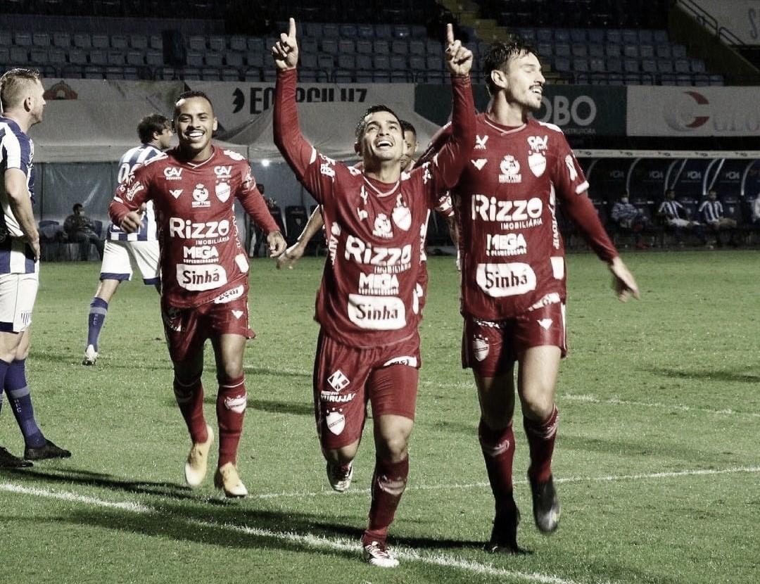 Renan Mota comemora bom desempenho no Vila Nova e projeta evolução no returno da Série B