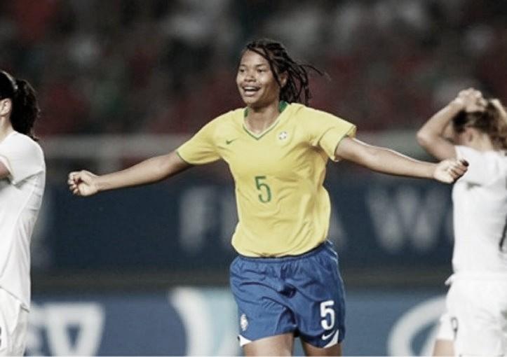"""Renata Costa conta sobre experiência do ouro no Pan 2007: """"Entramos com sangue nos olhos"""""""
