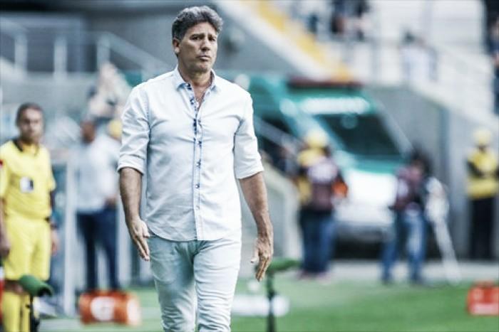 Pedro Geromel deve iniciar duelo contra Botafogo no time titular