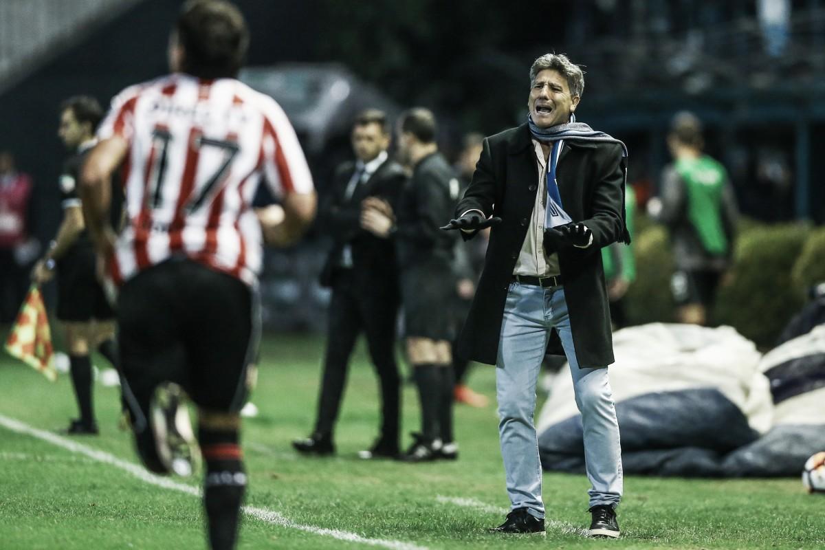Renato lamenta apagão do Grêmio em derrota para Estudiantes