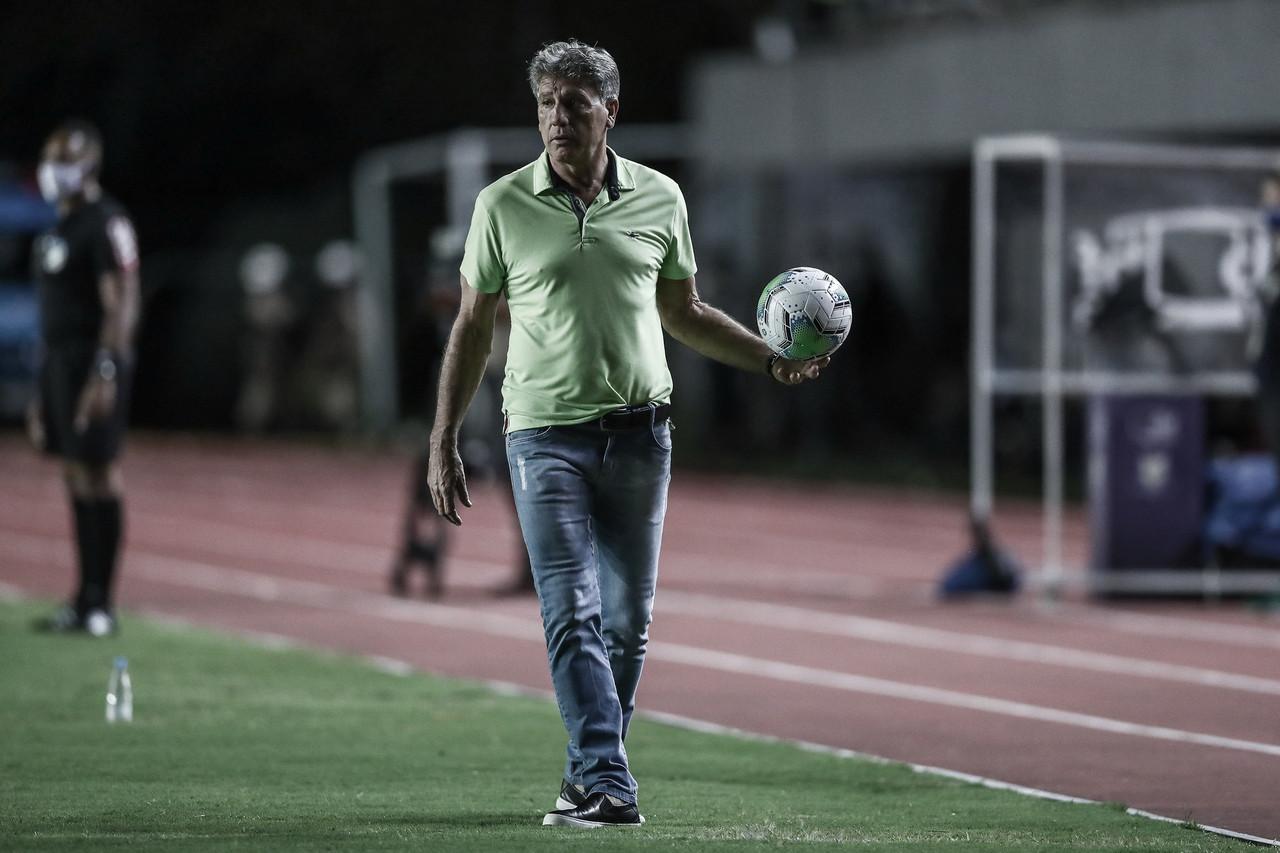 """Após vitória, Renato Portaluppi reforça tranquilidade do ambiente: """"Ela nunca deixou de existir"""""""