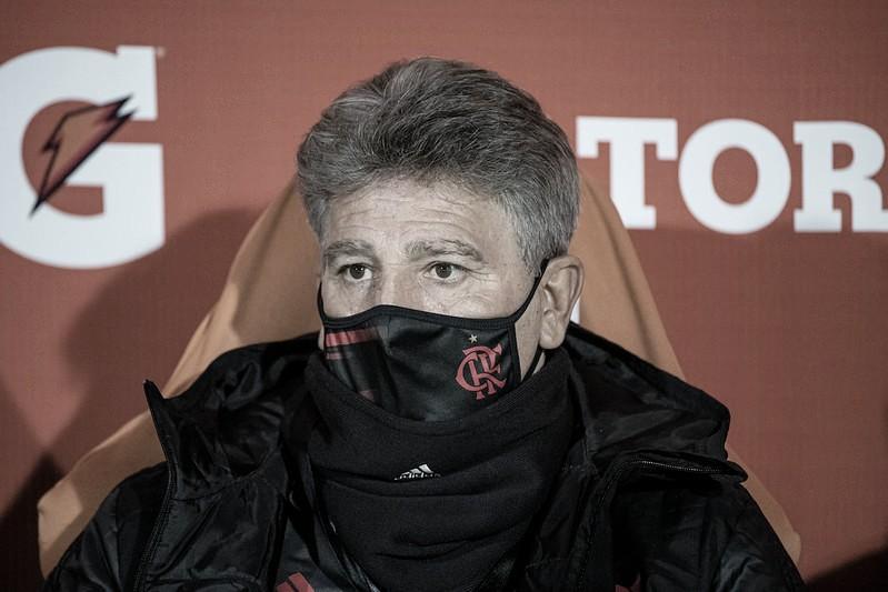 Renato Gaúcho relata injúria racial contra jogadores do Flamengo no estádio do Olimpia