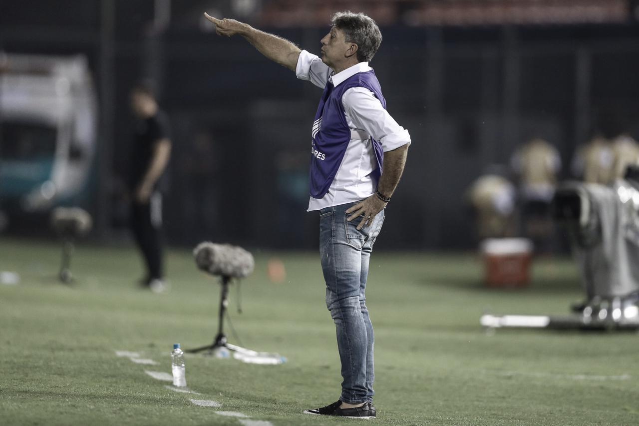 """Após vitória, Renato Portaluppi demonstra confiança no Grêmio: """"Difícil a ser batido"""""""