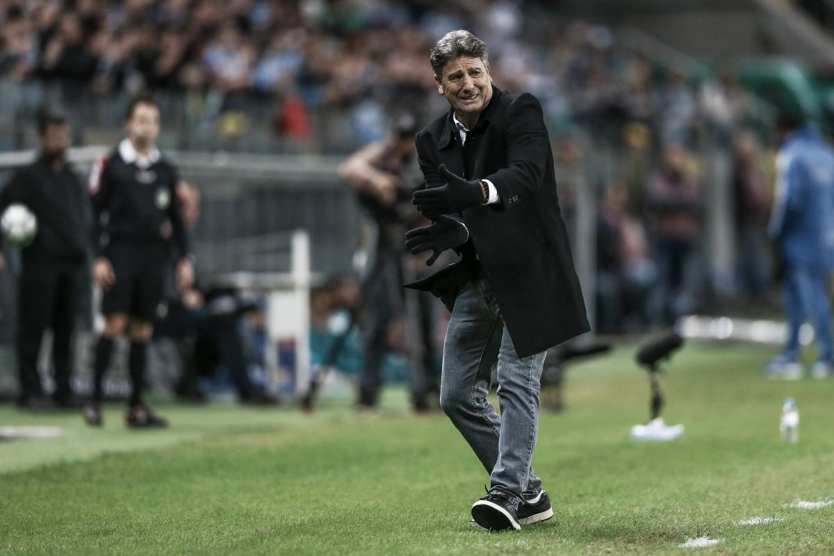 """Renato adota postura tranquila após derrota: """"Equipes buscaram o gol e Palmeiras foi mais feliz"""""""