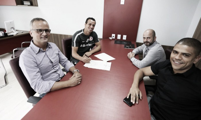 Internacional prolonga empréstimo de Leandro Damião até o fim do ano