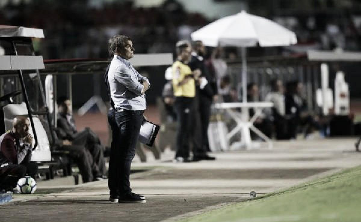 """Após eliminação na Copa do Brasil, Aguirre é enfático: """"Não posso falar de coisas boas do time"""""""