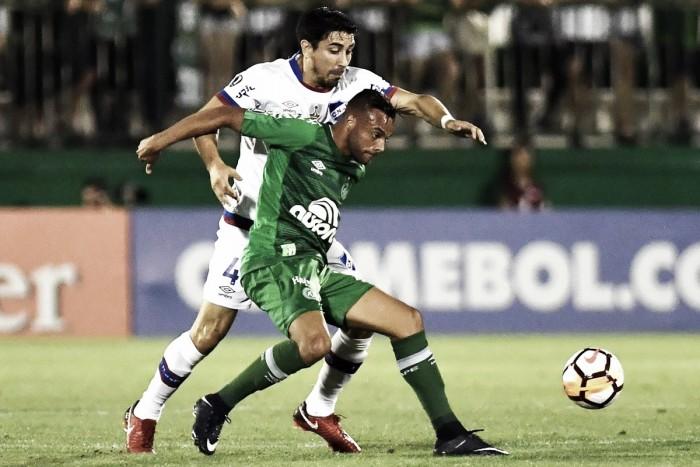 Análise: Chapecoense sente o peso da Libertadores e sai no prejuízo contra o Nacional-URU