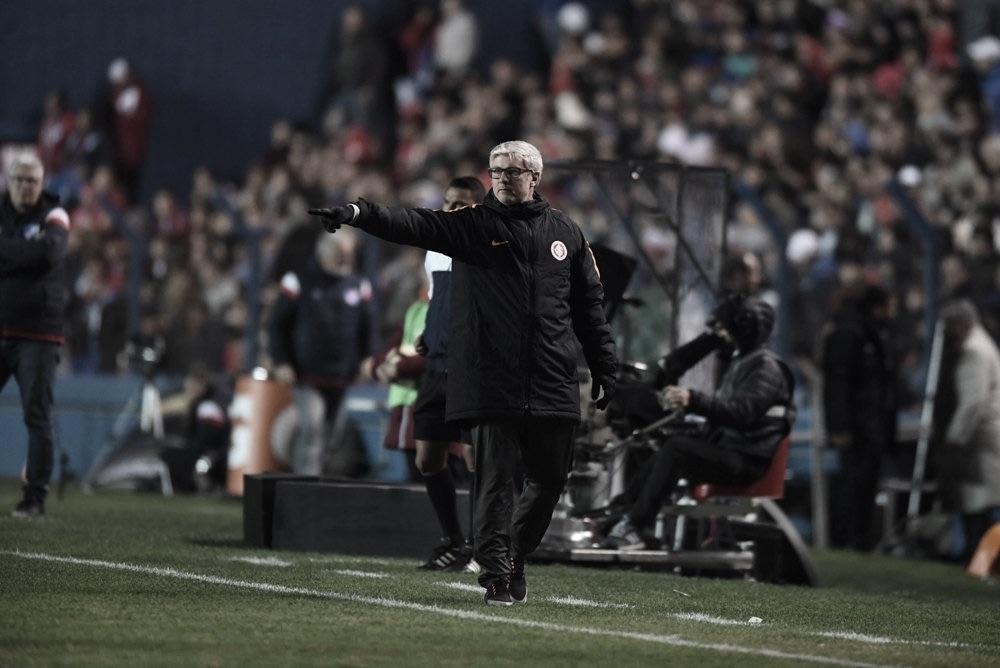 """Odair Hellmann comemora resultado contra o Nacional e afirma: """"Merecemos a vitória"""""""