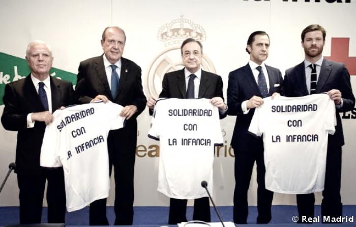 El Real Madrid se suma al día de la banderita de la Cruz Roja
