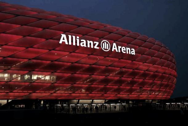 Allianz Arena, 'La Gran Muralla Roja' de Múnich