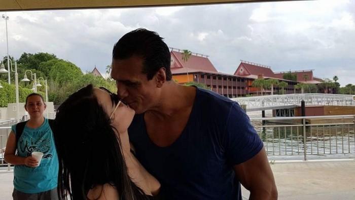 Suspensión a Alberto del Río y Paige