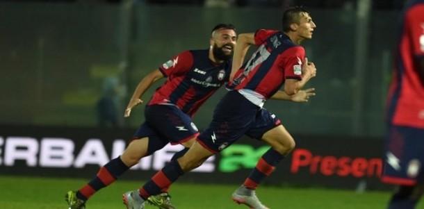 Serie B - Cagliari e Crotone non deludono