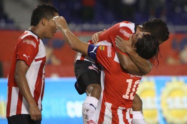 Junior ganó en Barranquilla y avivó la última fecha