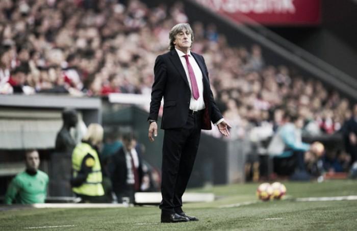 Osasuña anuncia demissão do técnico Enrique Martín