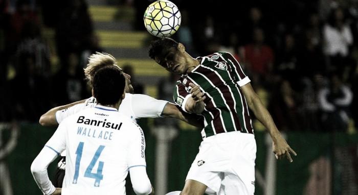 Em jogo movimentado, Fluminense e Grêmio ficam no empate