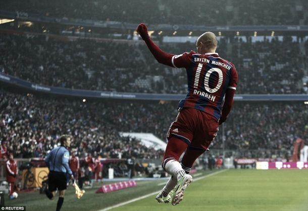 Bundesliga: Bayern aniquila o Hamburgo com goleada atómica