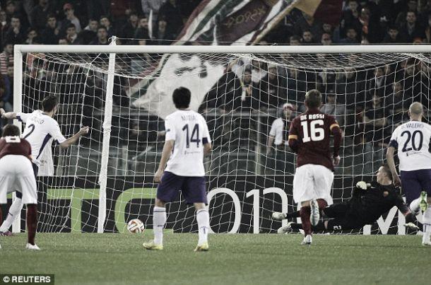Liga Europa: Fiorentina conquista Roma e junta-se a Nápoles