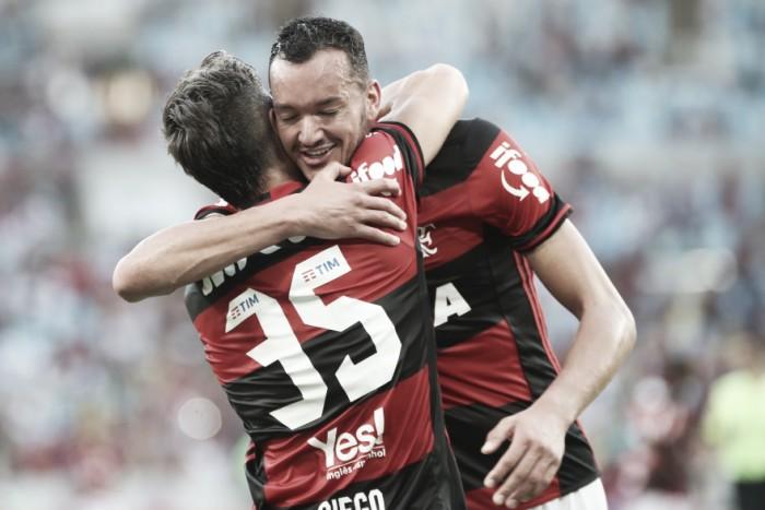 Réver espera atitude do Flamengo para se impor jogando na Arena da Baixada