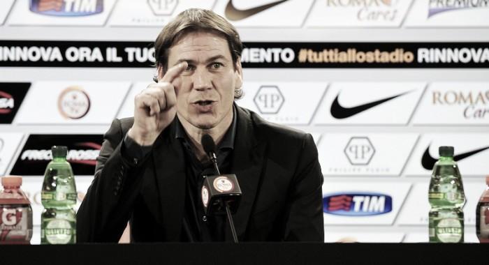 """Roma, Rudi Garcia in conferenza: """"Non mi sento in bilico. Sostituiremo Iturbe"""""""