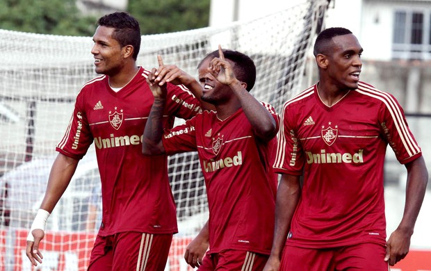 Fluminense vence e se classifica para a semifinal da Taça Rio