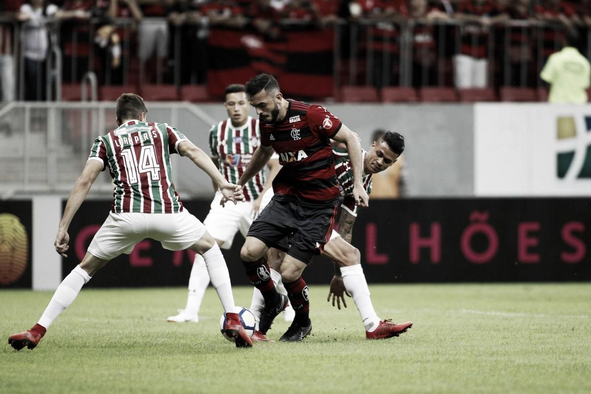 Rhodolfo tem lesão constatada na coxa e desfalca Flamengo contra Paraná