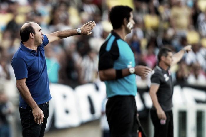 Ricardo Gomes avalia o Botafogo e diz que equipe merecia ao menos o empate contra Vasco