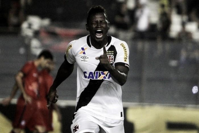 Cruzeiro confirma volta de Riascos e deixa possibilidade de contratações em aberto