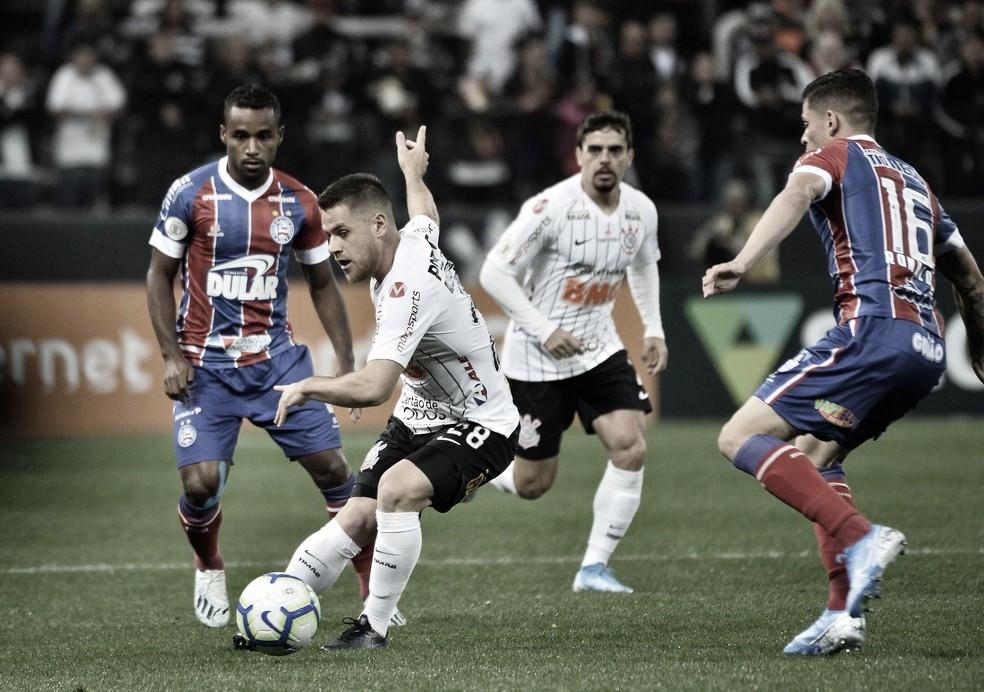 Na fuga do rebaixamento, Bahia recebe Corinthians na Fonte Nova