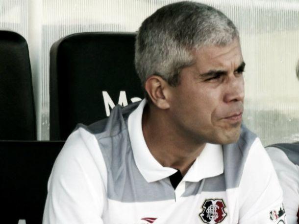 Ricardinho adota mistério novamente e não revela escalação do Santa Cruz para decisão