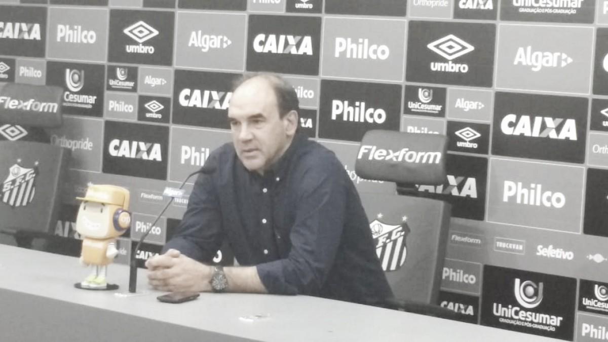 """Ricardo Gomes promete novos reforços de peso para o Santos: """"Teremos boas notícias"""""""