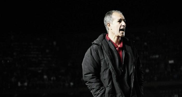 """Ricardo Johansen:""""Los chicos del club no van a salvar solos al Colón"""""""